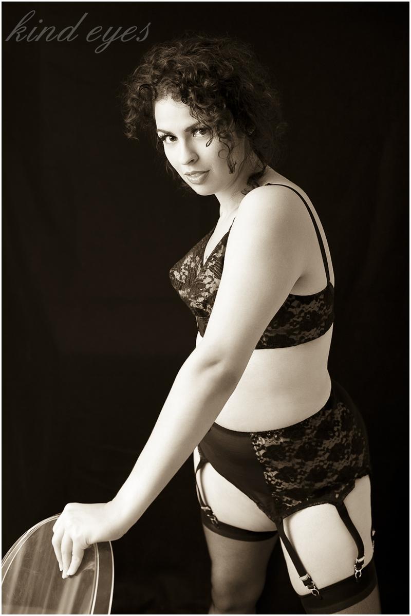Alia, La Sorcière = Powerful Sexy Hot